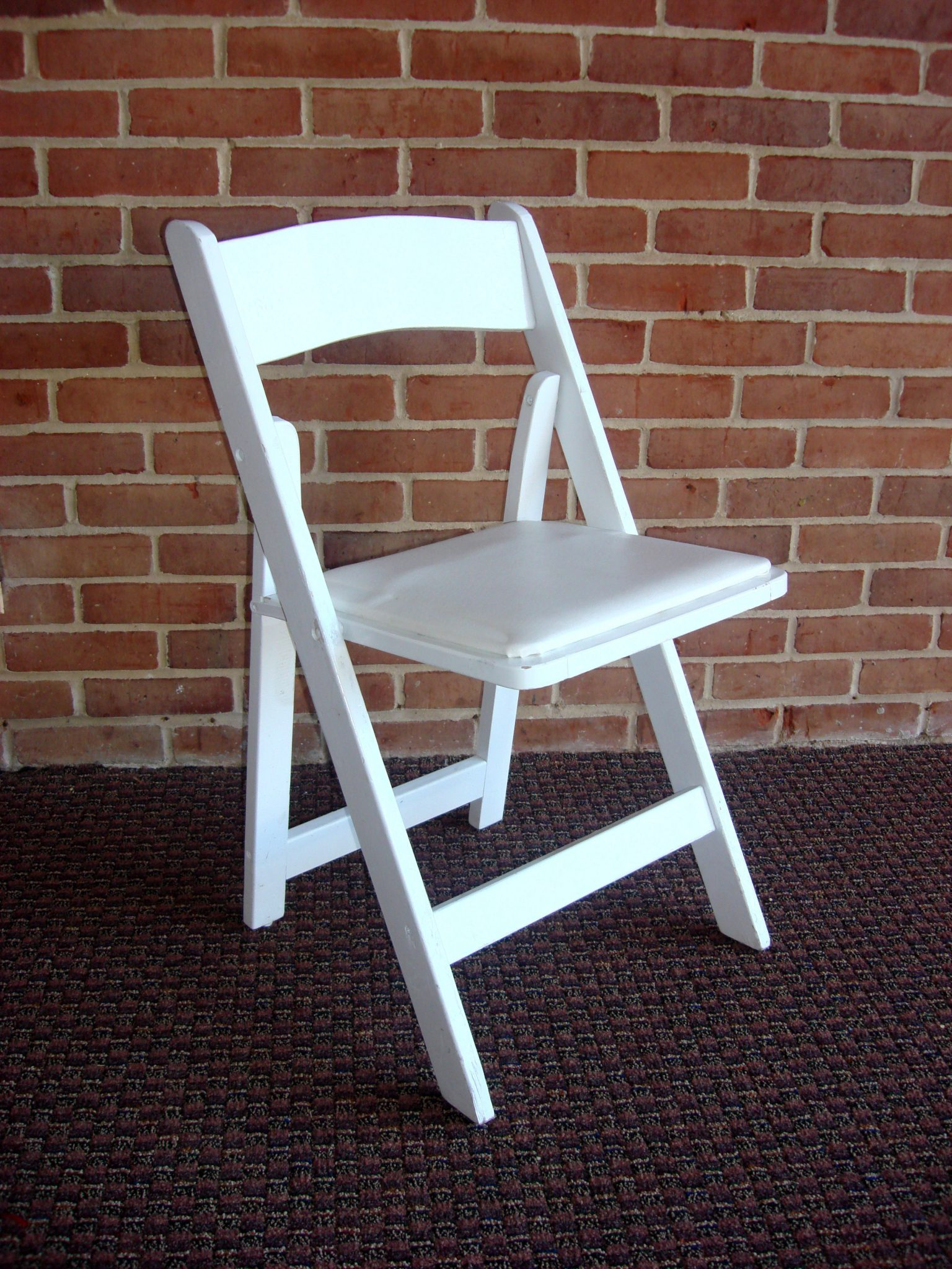 Padded Banquet Chairs folding chairs and tables chiavari chair 550 white wood padded