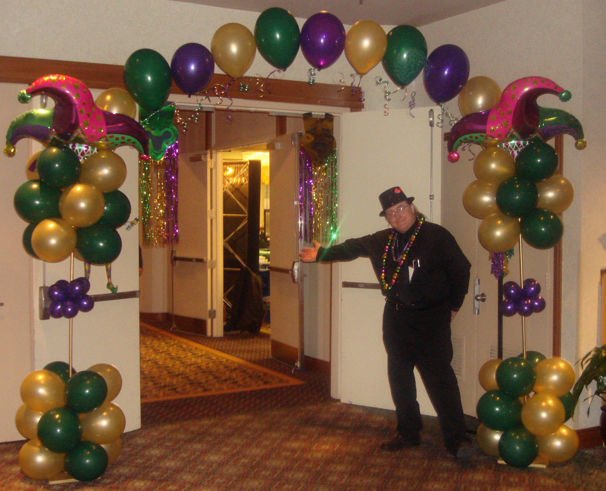 12 Best Mardi Gras Balloons & Decor images | Mardi gras ...