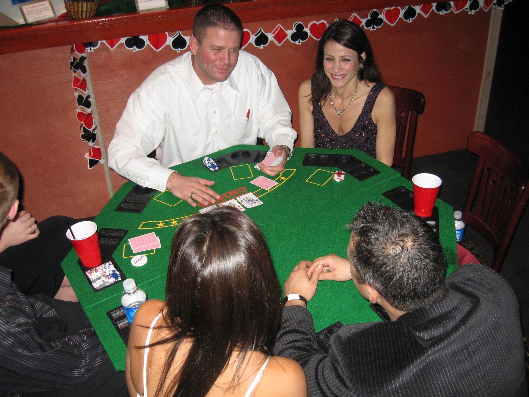 merit casino texas holdem