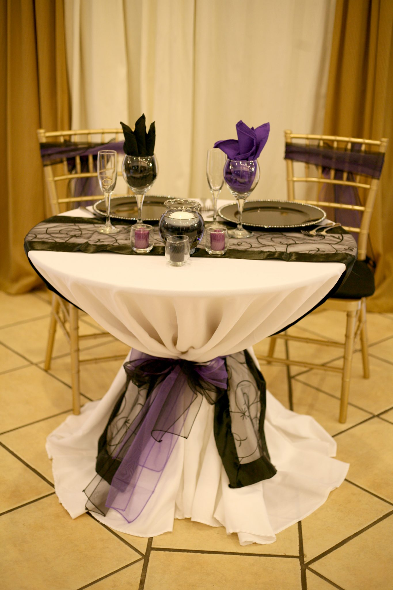 Linens – Baltimore s Best Events
