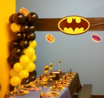 Batman party columns