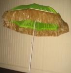 Umbrellas Beach with raffia5