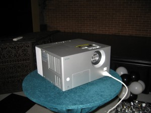 Overhead ProjectorDVD player (1)