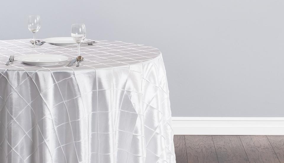108-inch-round-pintuck-white