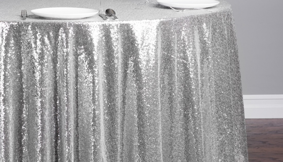 116-in-round-sequin-tablecloth-silver
